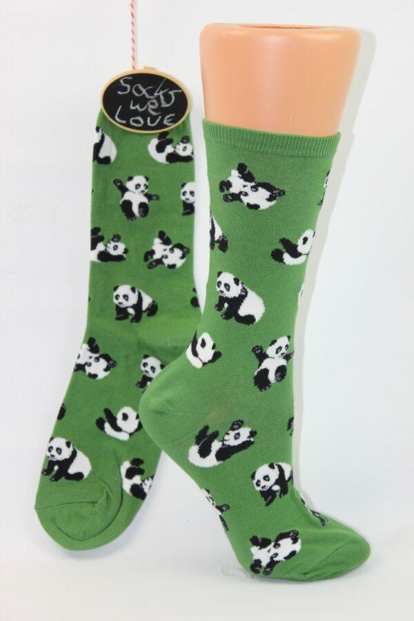 spelende panda