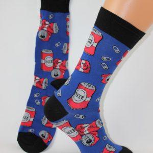 bier blikjes sokken blauw